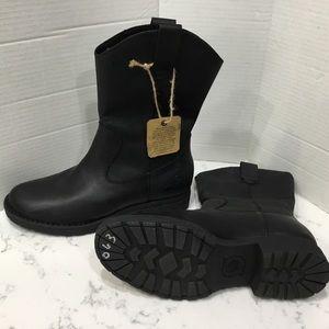 BORN Basin Black Leather Waterproof Western Boots